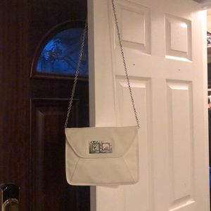 White Clutch/Purse with Silver Link Strap